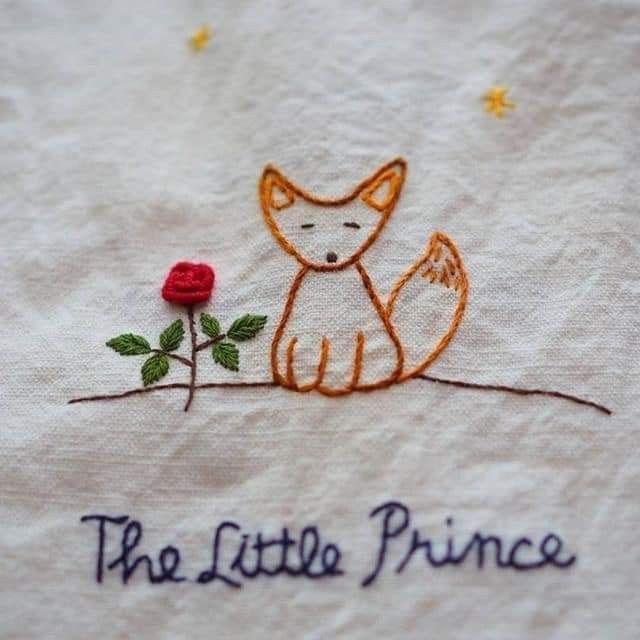 Epingle Par Mariane Osseiran Sur Diy En 2020 Le Petit Prince Broderie Motif