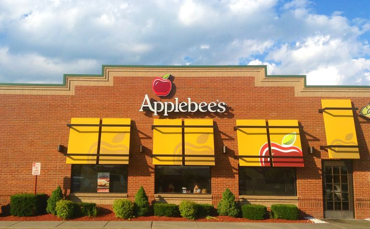80 Restaurants Offering Free Meals This Veterans Day: Applebee's Veterans Day Free Meal (Saturday, November 11, 2017)