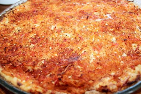 Ihanan mehevä omppupiirakka pohja 150 g voita 1 dl sokeria 3-4 dl jauhoja 1 tl leivinjauhetta 1 tl vaniljasokeria täyte 1 prk ra...