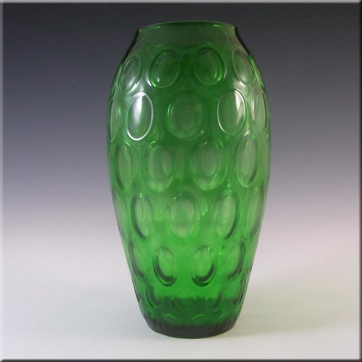 Borske Sklo 1950's Green Glass Optical 'Olives' Vase - £30.00