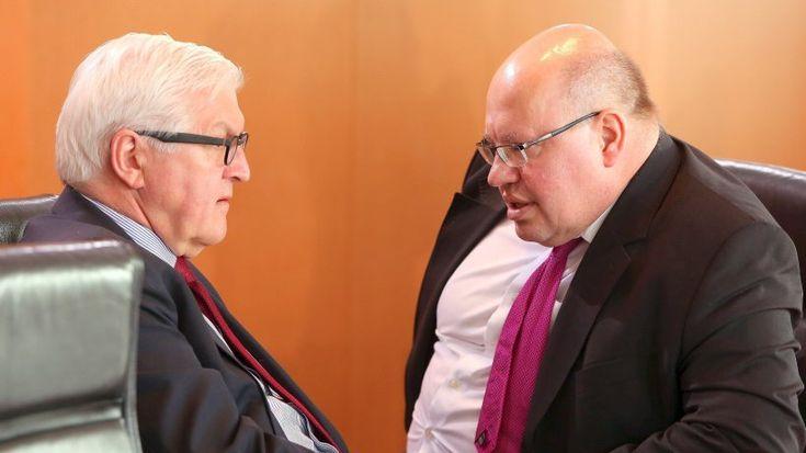 Die Kanzlerin gibt der Justiz freie Hand für Ermittlungen gegen Jan Böhmermann. Kritik an Angela Merkel kommt auch aus ihrer Koalition.