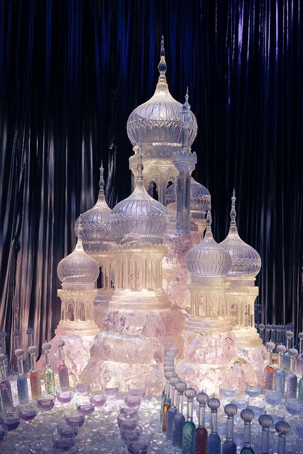 elegantspell:    The Yule Ball Ice Sculpture by itsLJP on Flickr.