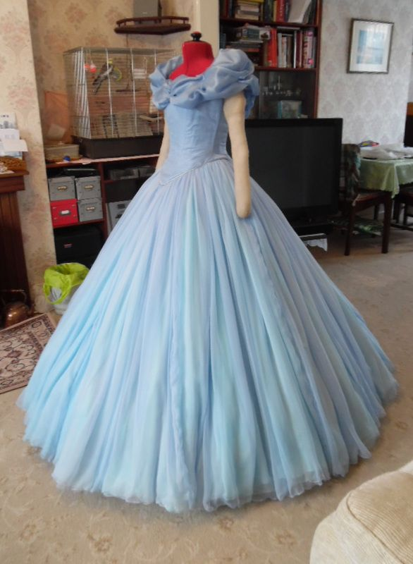 Cinderella 2015 Cosplay Tutorial