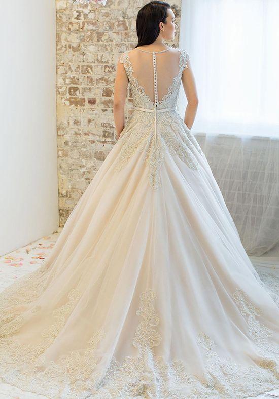 Roz la Kelin - Diamond Collection Jaida, hem trimmed-5877T Ht Wedding Dress