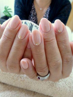 シンプルビューティーなピンクベージュネイルの画像 | 京都・今出川のプライベートネイルサロン bliss nail(ブリスネ…
