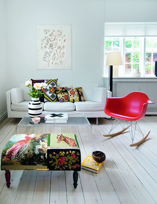 Color of Eames Furniture w/ the beautiful Pillows and Stool