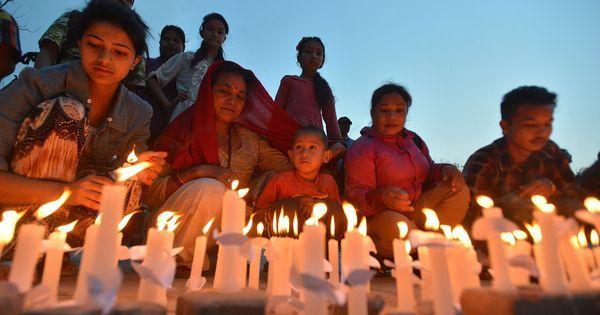 Népal : rassemblement à Katmandou un mois après le séisme