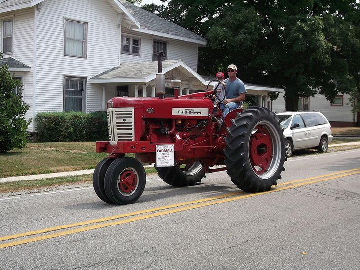 1957 Farmall type 450 tractor