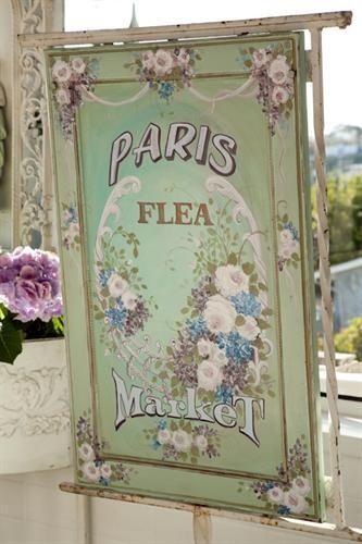Paris Flea Market.... I wanna go so bad