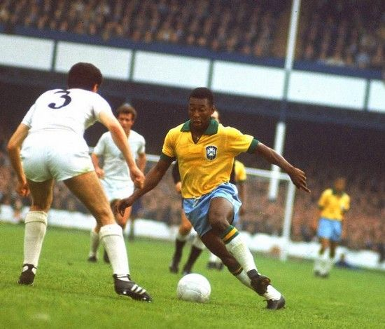 pele one of the worlds greatest soccer players