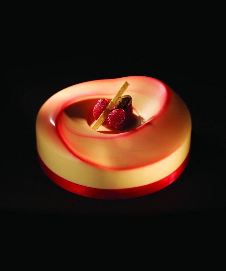 Dessert meringué aux framboises - Iginio Massari