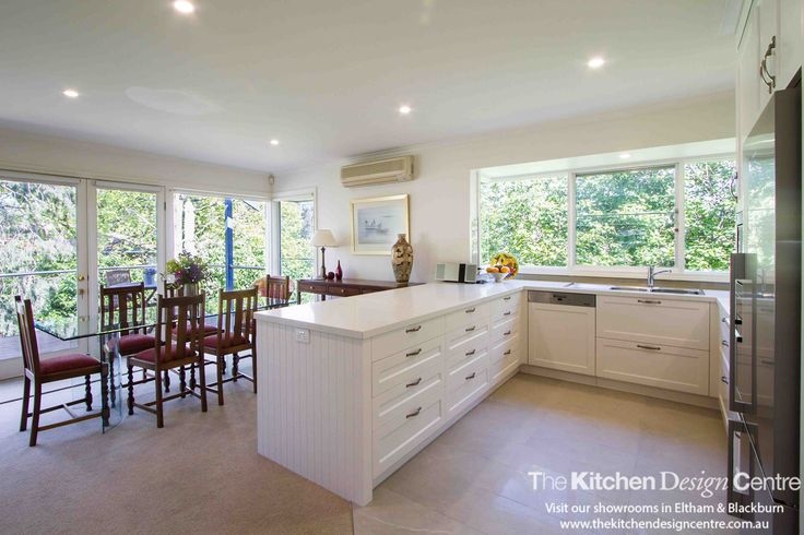 A soft, traditional kitchen fit for a contemporary home with lots of storage. www.thekitchendesigncentre.com.au @thekitchen_designcentre