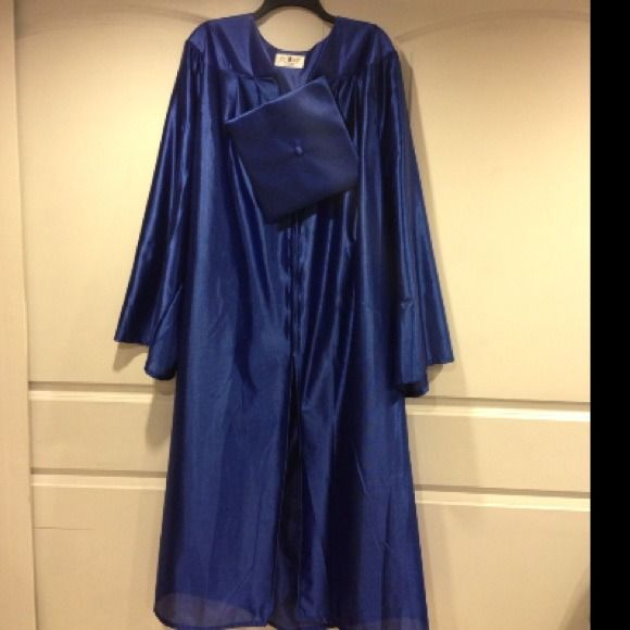 Graduation Cap and Gown Royal Blue . Royal Blue Cap and Gown. Used. May have minor snags but nothing noticeable. Pics reflect condition. Super cheap! Oak Hall Dresses