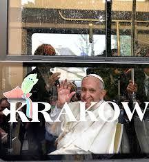 Papież Franciszek w tramwaju na ŚDM w Krakowie