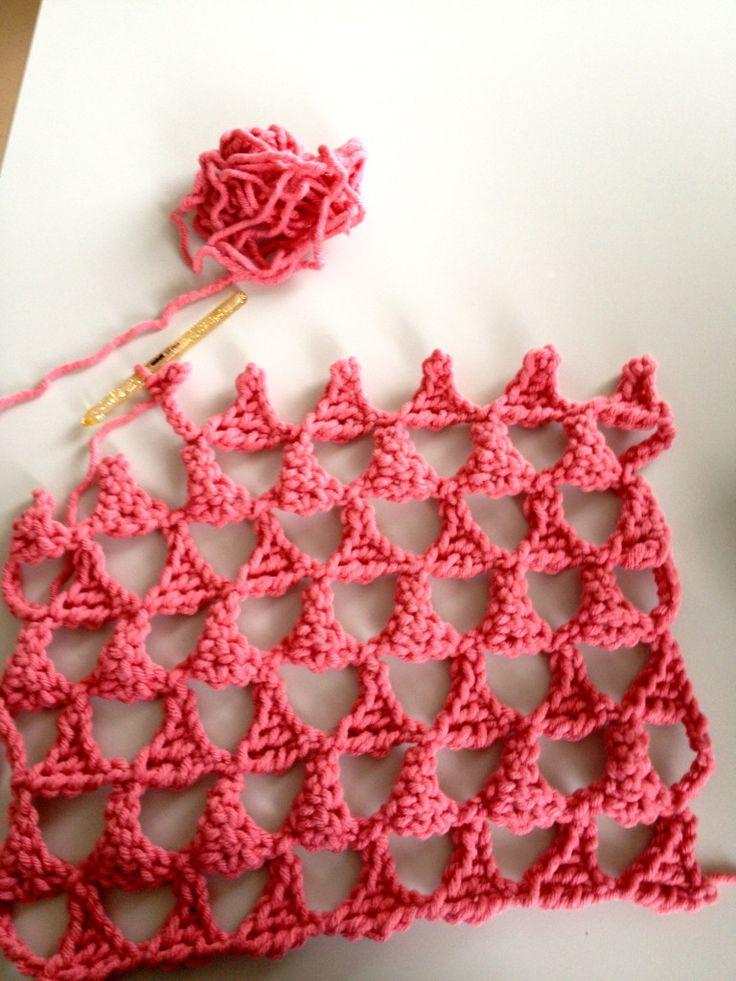 Triangle Crocheted Pillow - Chart  ❥ 4U // hf