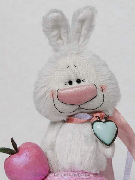 Bunny and apple by 27konfet by Julia Ovtsyna