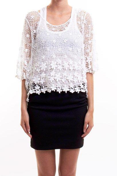 TAKA TUNIKA - Floral shear crochet top/tunica. Blonde hæklet top.