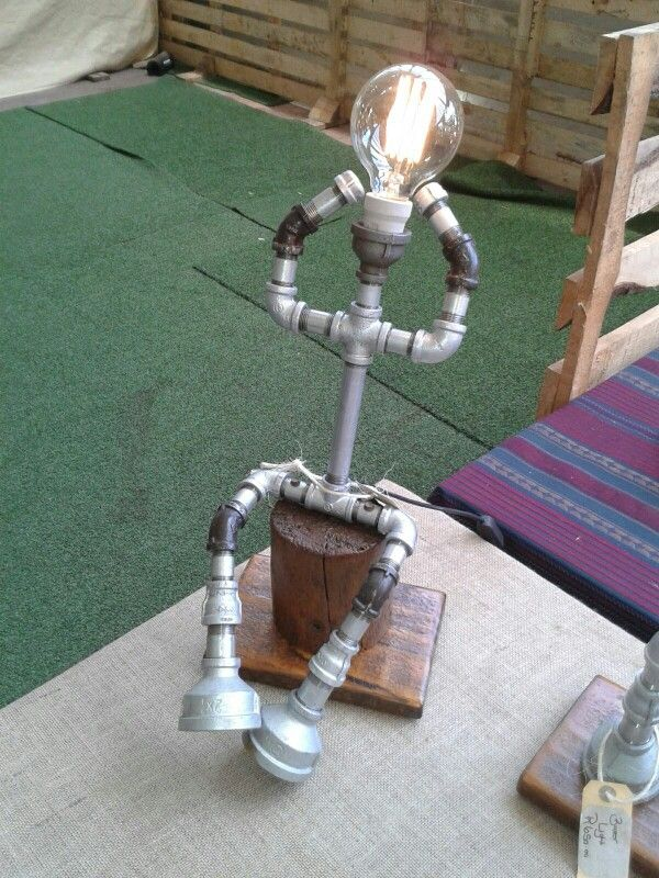Steampunk inspire THe CHilling man light