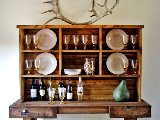 DIY Wood Working Projects: Instant Rustic Storage and Style With a DIY Hutch