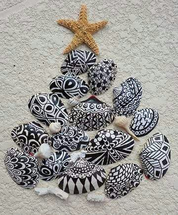Zentangle Shells                                                                                                                                                     (close enough) Beautiful!