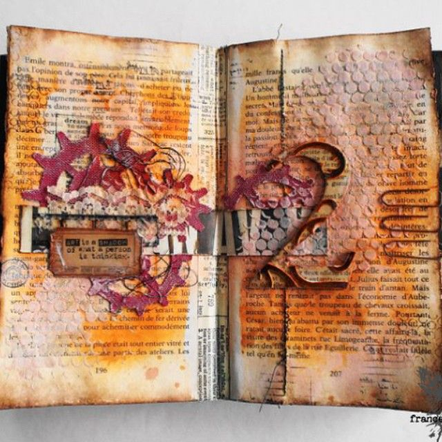 Yesterday we featured this beautiful journal spread created by Featured Artist @france_papillon using @Lindy's Stamp Gang sprays blog.lindystamp...