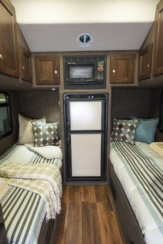 56 best images about big interior truck sleeper on pinterest semi trucks trucks and custom trucks for Custom semi truck sleeper interior