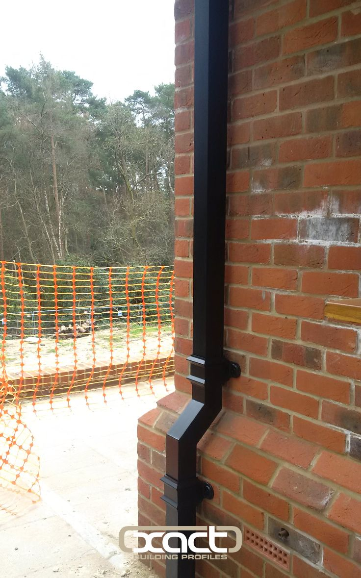 XACT Aluminium heritage square downpipe supplied to a new build project in Farnham.