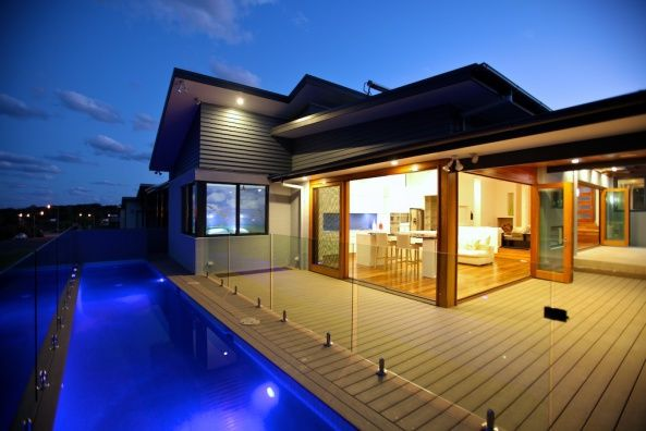 Coffs Harbour, NSW, Australia • Beachside house on the Solitary Islands Coast of eastern Australia • VIEW THIS HOME ►  https://www.homeexchange.com/en/listing/447876/