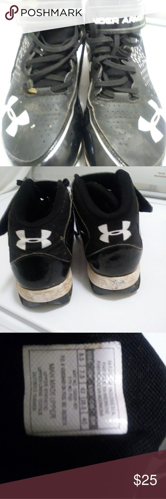Under Armour Football Shoe as 8.5 $25 +gift! Under Armour Football Shoe as 8.5 $25 pre-owned good no marks or tear + free gift any other item in this …