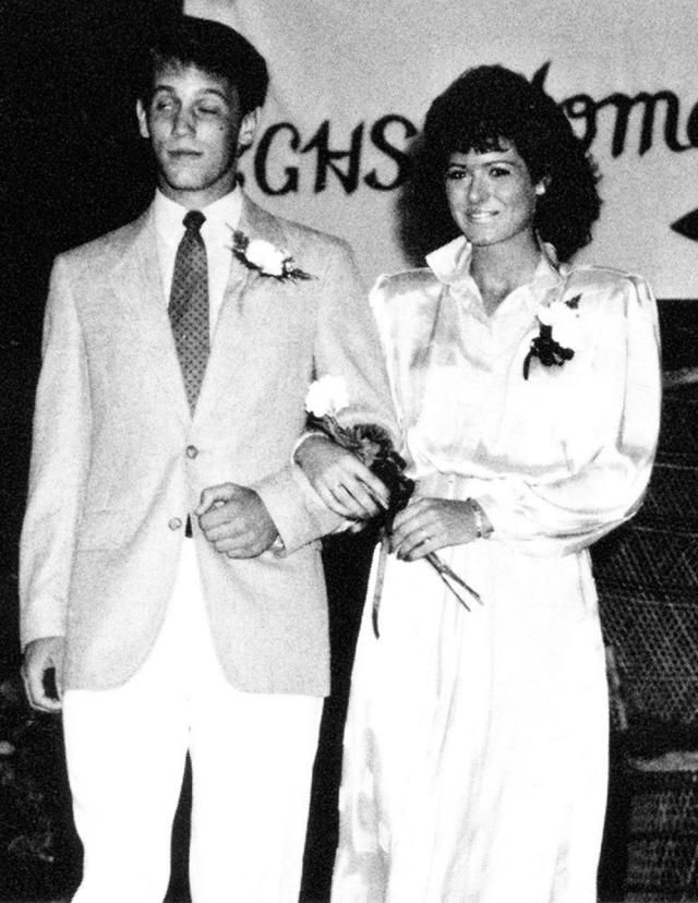 Awkward Celebrity Prom Photos! - Page 20 of 26 - Romance Goals