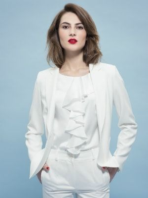 Blazer de Un jour ailleurs : Look en transition cherche veste de mi-saison - Journal des Femmes