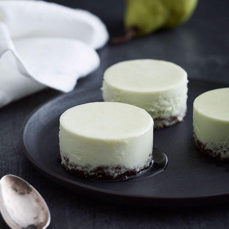 En dessert som kräver lite tid och arbetsinsats, men resultatet blir mycket lyxigt för både öga och gom!