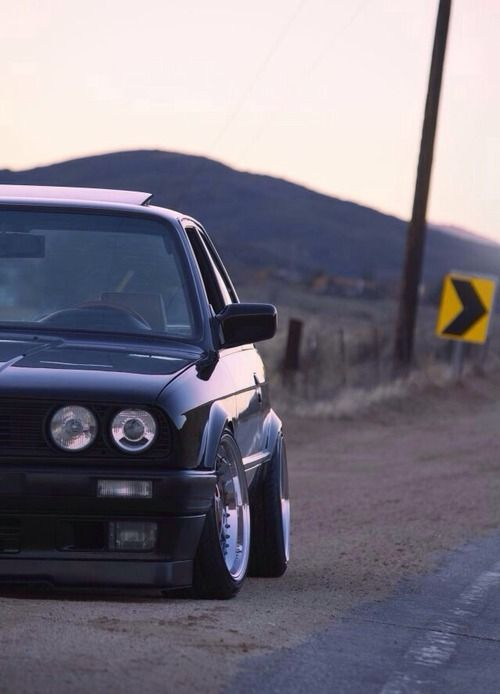 bmwstanced:   BMW E30