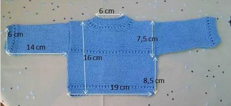 JERSEY DE HILO CELESTE PARA PRIMERA EDAD Material Hilo celeste nº 5 agujas de punto nº2,5 agujas de crochet nº 1,1 4 botones ...