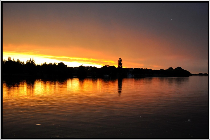 Facebook Photo Competition entry of the sunsetting over the Vaal River taken from a Stonehaven luxury river cruiser
