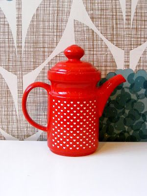 New vintage kitchenalia and collectables just unpacked at Vamp - 01 July 2015