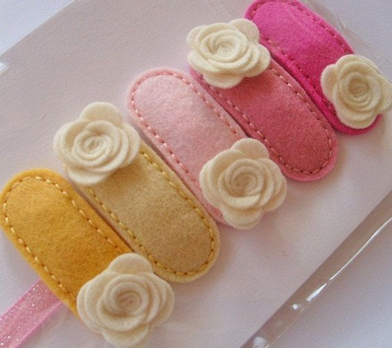 PINK LEMONADE.Set of 5 Hand Stitched Clips. 100 Pecent Wool Felt Clips. Baby. Girls. Roses Clips.