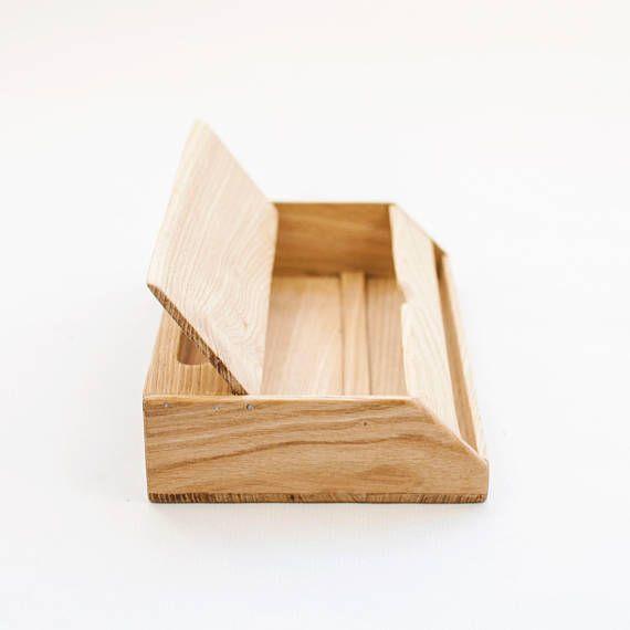 Wood handmade desk organizer / Office modern desk organizer / Handmade desk organizer / Wooden pen holder / Desk accessories organizer Versatile and modern desk organizer for your workspace´s desk, made in solid chestnut wood with a scandinavian modern, functional, yet warm design.