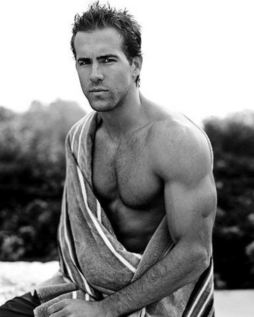 Ryan Reynolds Sexy Man, Gorgeous Guy, Hott Men, Abs of Steel, Pecs, Masculine, Hard, Sports Sweaty, Yummy, Nummy, Ripped, Stunning, Muscular, Built, Hairy, Eye Candy