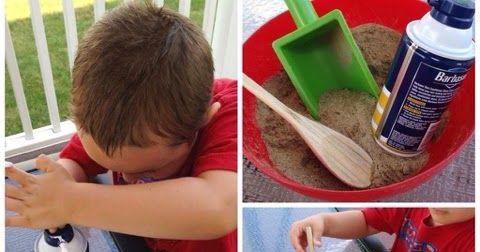 Dica de atividade Caixa Sensorial Materiais: espuma para barbear, areia, vasilha, colher e pá. Misture a espuma barbear com areia Depois com...