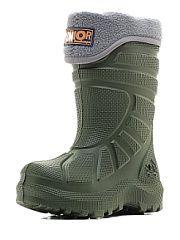 Резиновые сапоги ДюнАстра.  За окном дождь грязь и холод? Не беда когда у вас есть сапоги Junior. Полностью литая конструкция сапог из Du-light не даст ногам промокнуть и замерзнуть. Они одинаково хорошо перенесут дождливую и морозную погоду до -15С. Для того чтобы ногам было тепло и уютно используется теплый и мягкий флисовый утеплитель. Спортивному стилю сапог ДюнАстра соответствует толстая рифленая подошва препятствующая проникновению холода внутрь от земли и в то же время прекрасно…