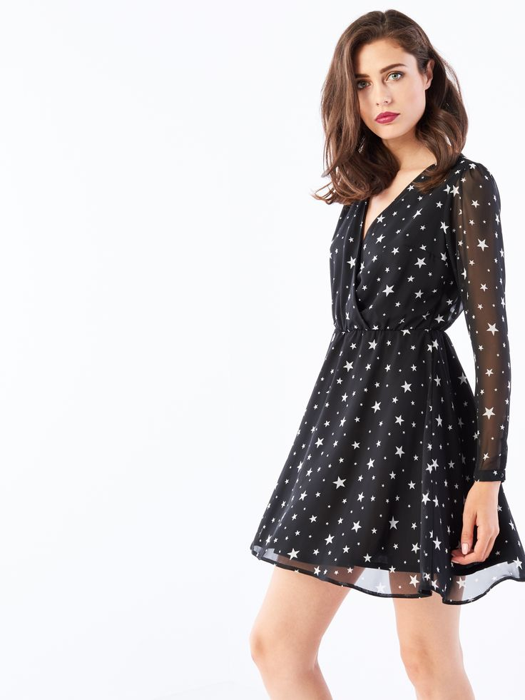 Szyfonowa sukienka z kopertowym dekoltem, SUKIENKI, KOMBINEZONY, czarny, MOHITO