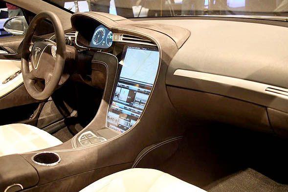 Tesla Model S- Interior