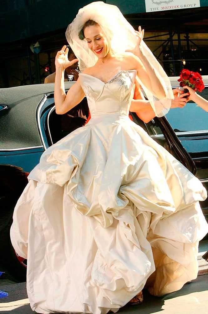 77 best celebrities royal weddings weddings in films for Coming to america wedding dress