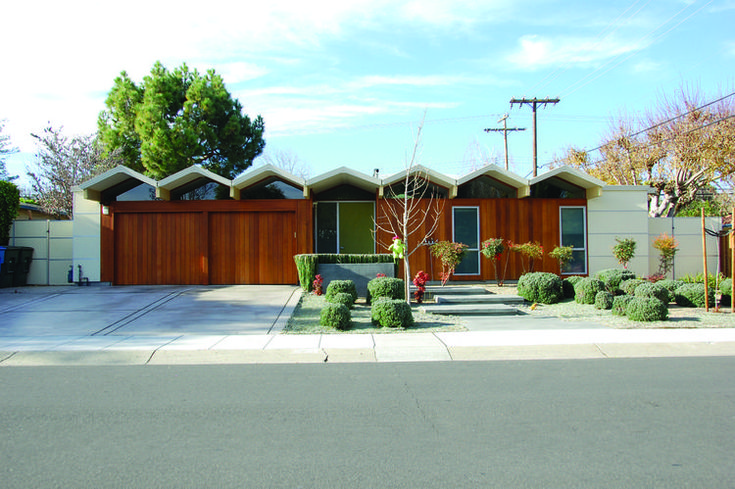 See never before seen images of #Midcentury Modern #Eichler homes from grandson Steven Eichler's personal collection.          dwell.com