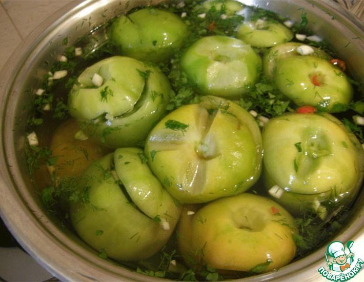 соленые зеленые помидоры в бочке