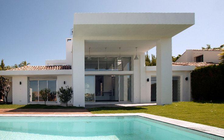 Los Naranjos Golf villas , Nueva Andalucía 4 beds 3 bath s. Private plot