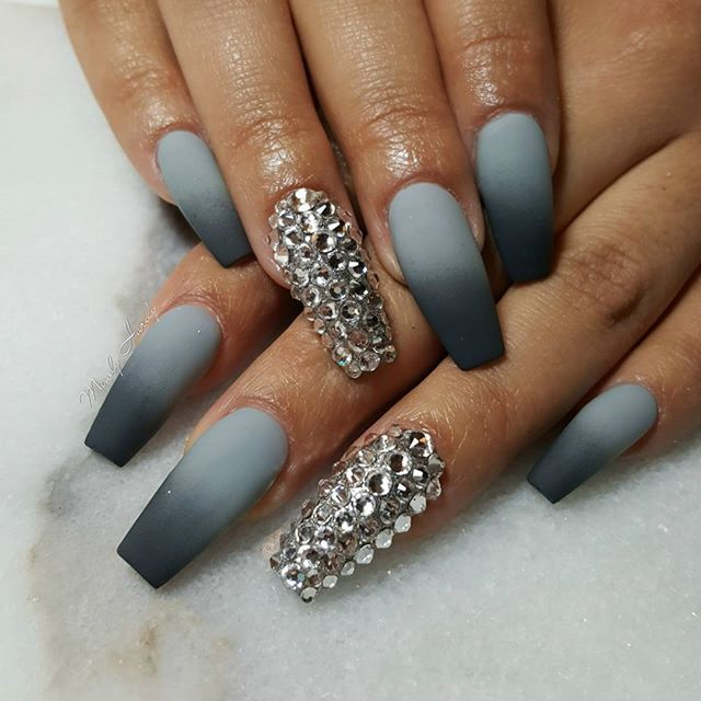 Christmas Acrylic Nails Grey: Grey Flannel For @camilaainc #ombrenails #mindyhardy