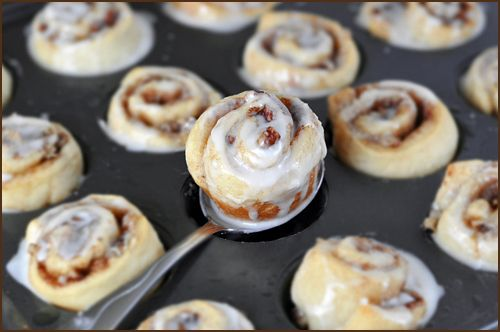 Mini cinnamon buns!: Desserts Recipes, Yummy Food, Minis Cinnamon Buns, Minute Start, Cinamon Rolls, Favorite Recipes, Mini Cinnamon Rolls, 25 Minute, Minis Cinnamon Rolls