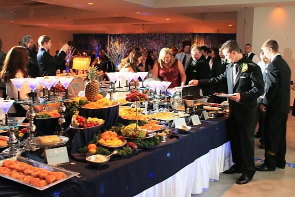 Buffet table decorating ideas | posted by ragtop1 3 years ago i hate buffets but i have to say this ...